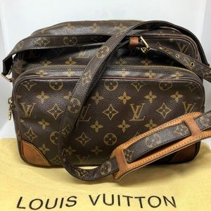 Louis Vuitton Nile Shoulder Bag monogram